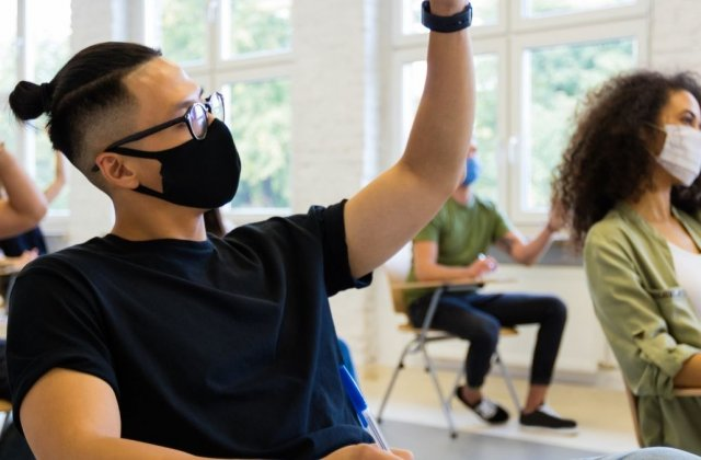 school in masks