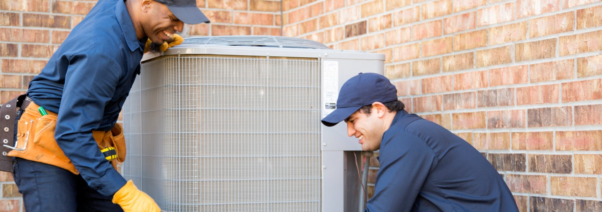 HVAC Techs Working