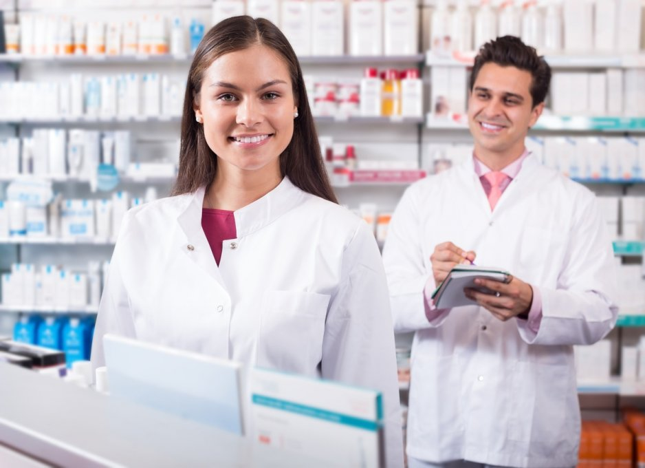 pharmacy technicians in the workplace