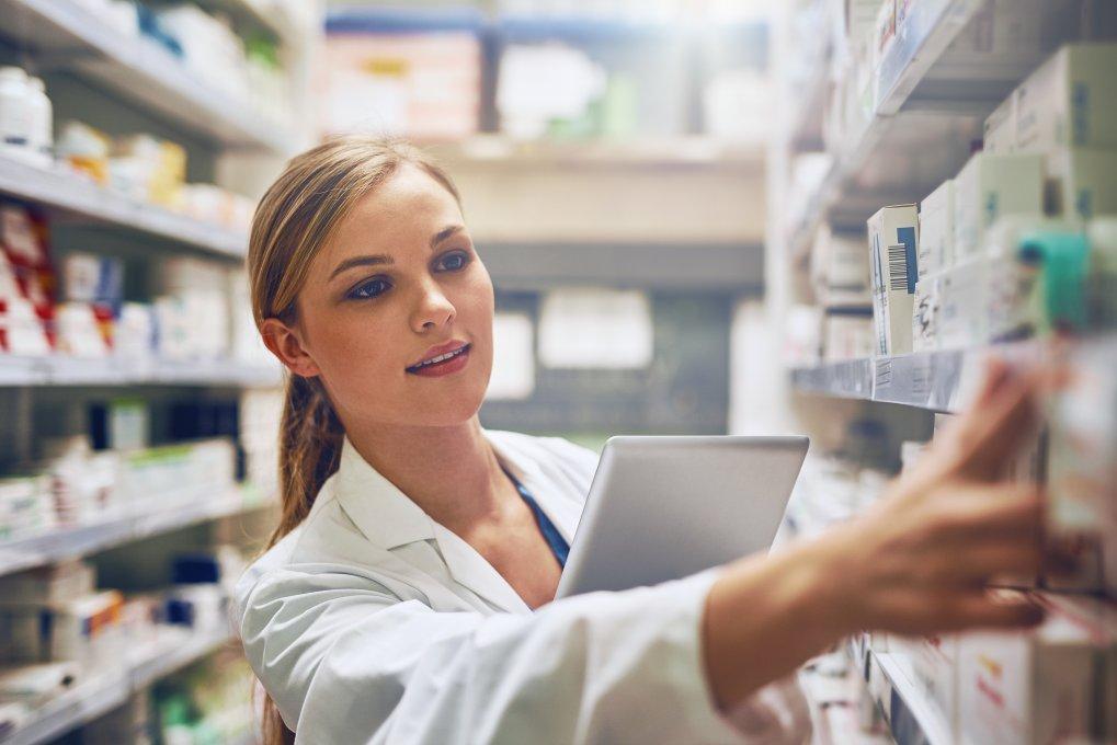 pharmacy technician at work