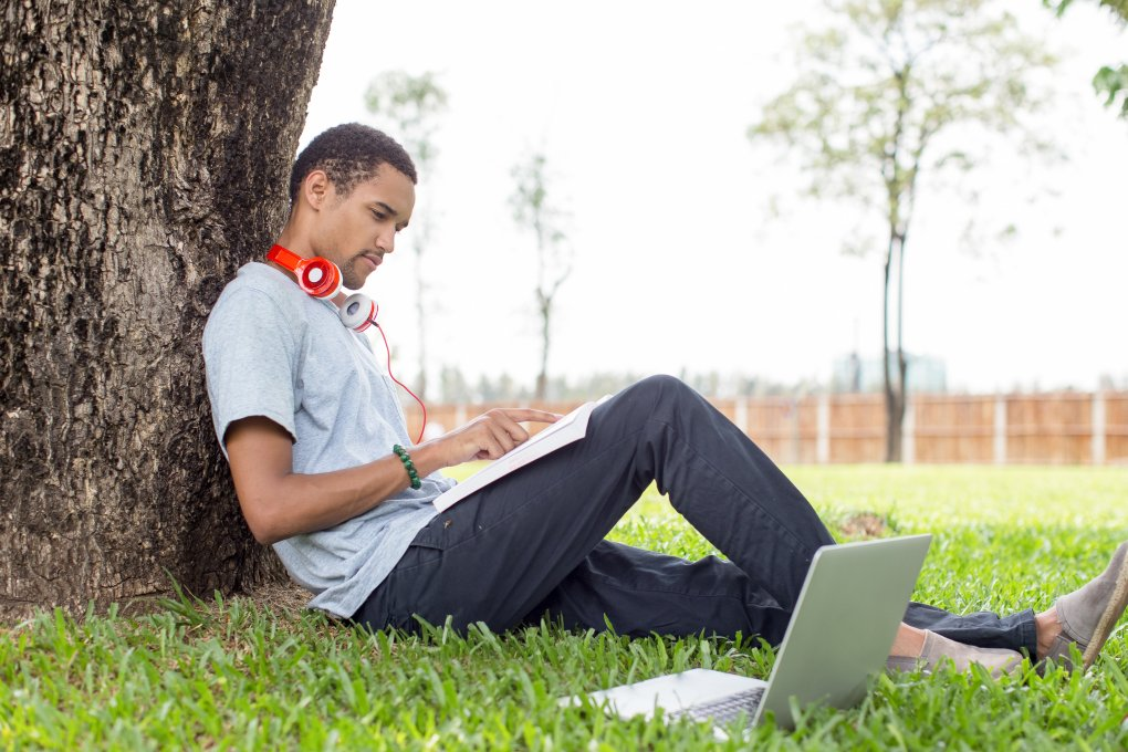 You can work on Summer Online Courses Anywhere!