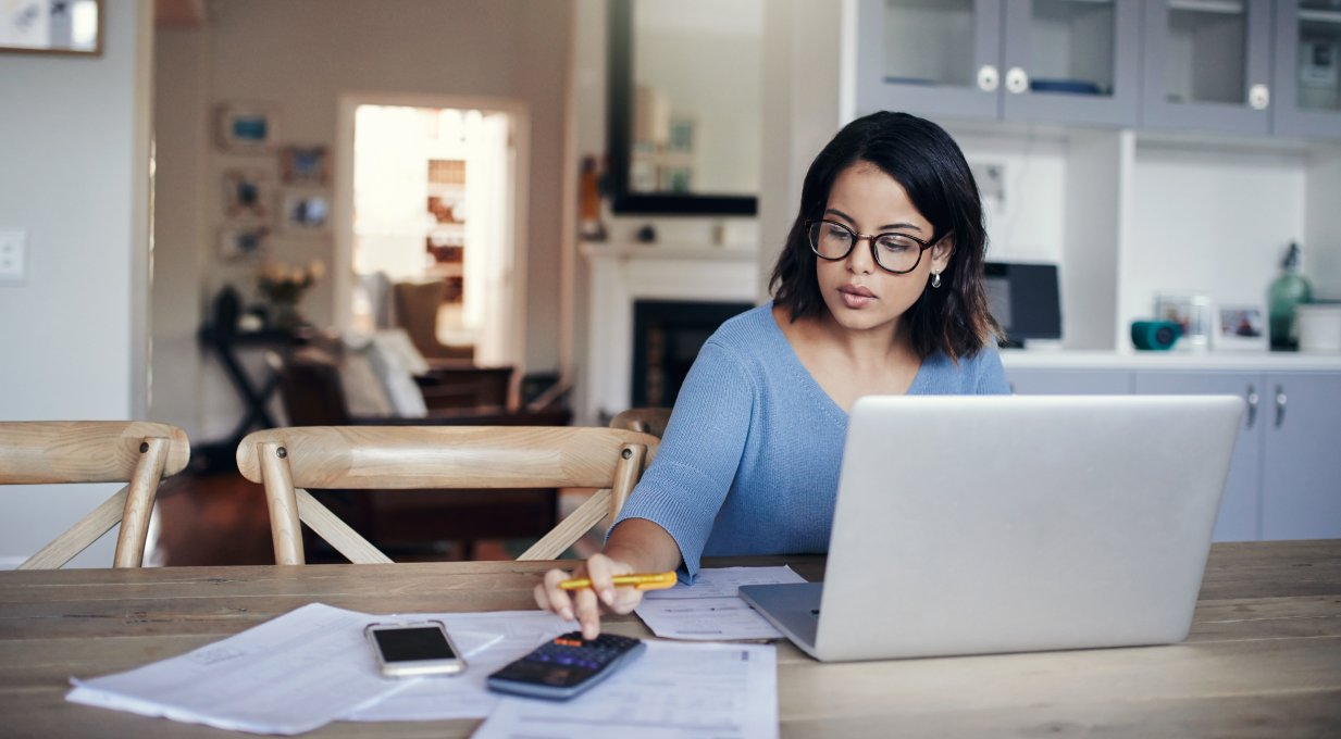 woman working on her budget